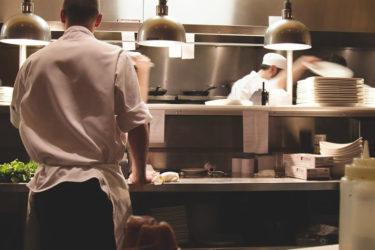 コロナで日本のレストランと飲食店は、全て閉店・倒産する